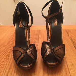 BCBGMAXAZRIA copper and black heels